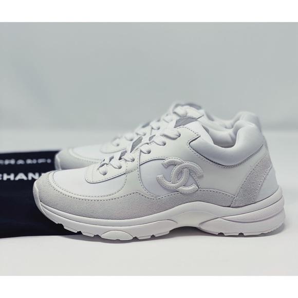 Chanel sneakers  cc logo triple white low top